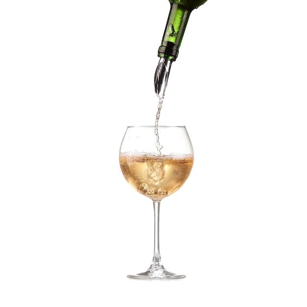 Wino W Kieliszku Nalewamy Z Butelki I Robimy Plusk, Dozownik Na Butelkę Premium Zdjęcia