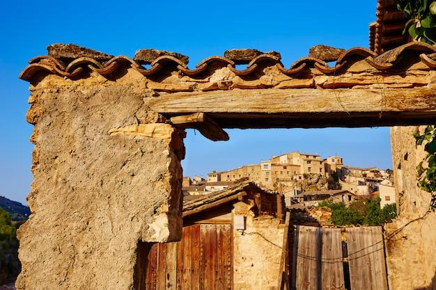 Wioska Beceite W Teruel Hiszpania W Matarrana Premium Zdjęcia