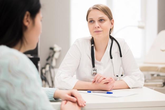 Wizyta U Lekarza I Pacjenta Darmowe Zdjęcia