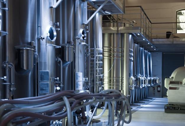 Współczesna fabryka win Darmowe Zdjęcia