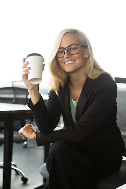 Wszystkiego Najlepszego Z Okazji Zaprosić Siedzi Z Kawę W Pakiecie Office Darmowe Zdjęcia