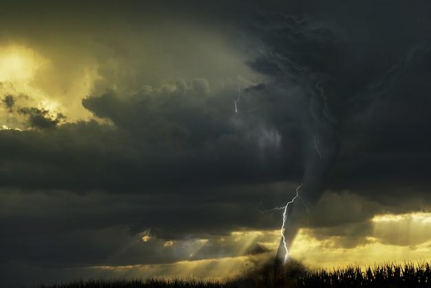 Wybuch Tornado Darmowe Zdjęcia