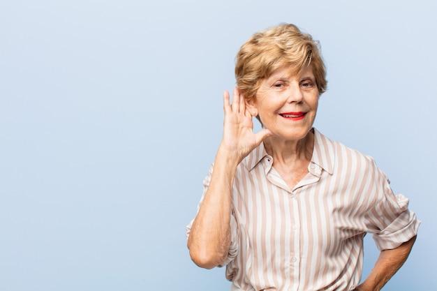 Wyrazista Piękna Starsza Kobieta Premium Zdjęcia