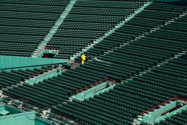 Wysoki Kąt Strzału Z Pustego Stadionu W Ciągu Dnia Darmowe Zdjęcia