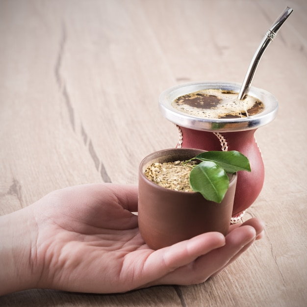 Yerba mate w tradycyjnej tykwie tykwy Premium Zdjęcia