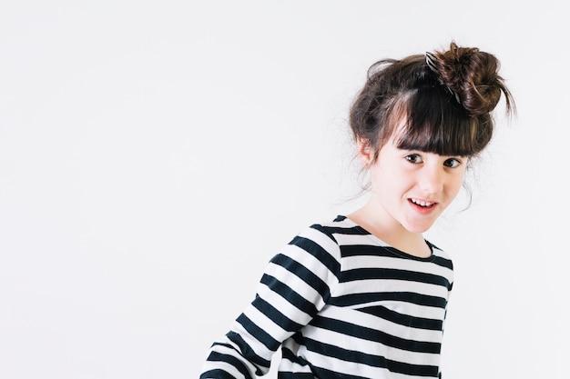 Zabawna dziewczyna uśmiechając się Darmowe Zdjęcia