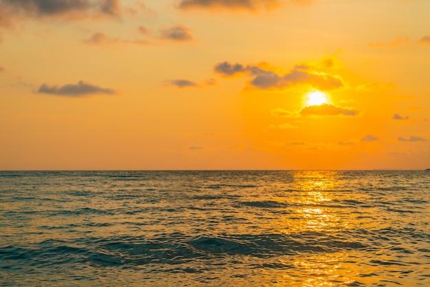 Zachód Słońca Nad Morzem Darmowe Zdjęcia