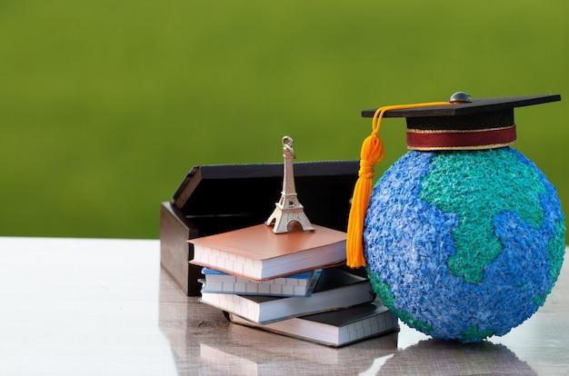 Zagranica Międzynarodowa, Europa Edukacja Nauka Uczenia Się We Francji Pomysły. Premium Zdjęcia