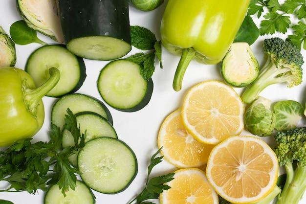 Zakończeń wyśmienicie warzywa na białym tle Darmowe Zdjęcia
