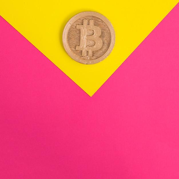 Zakończenie Bitcoin Na Koloru żółtego I Menchii Tle Darmowe Zdjęcia