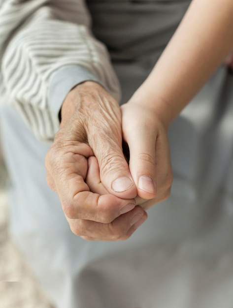 Zakończenie Wnuczki Mienia Babci Ręka Darmowe Zdjęcia