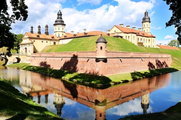 Zamek Mir, Białoruś. Kompleks Zamkowy Mir. Premium Zdjęcia