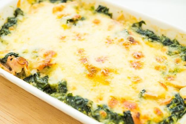 Zapiekana Lasagne Ze Szpinakiem Zdjecie Darmowe Pobieranie