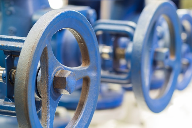 Zawór rurociągu wodnego do kontrolowania natężenia przepływu Premium Zdjęcia