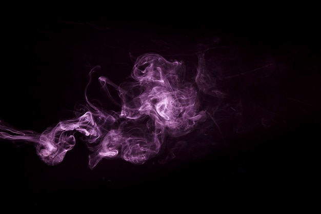 Zbliżenie Fioletowy Dym Projekt Pary Na Czarnym Tle Darmowe Zdjęcia