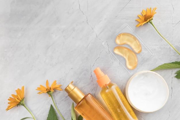 Zbliżenie Kosmetyków Do Ciała Z Miejsca Na Kopię Darmowe Zdjęcia