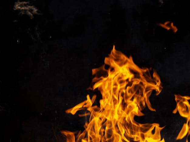 Zbliżenie Płomieni Ognia Darmowe Zdjęcia