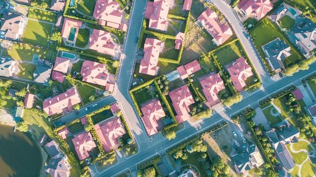 Zdjęcie Lotnicze Z Dzielnicy Mieszkalnej Premium Zdjęcia