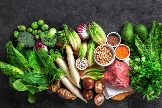 Zdrowa Dieta I Zbilansowane Składniki Odżywcze Czyste Jedzenie Premium Zdjęcia