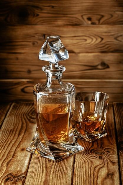 Zestaw mocnych duchów. twarde napoje alkoholowe w szklankach Premium Zdjęcia