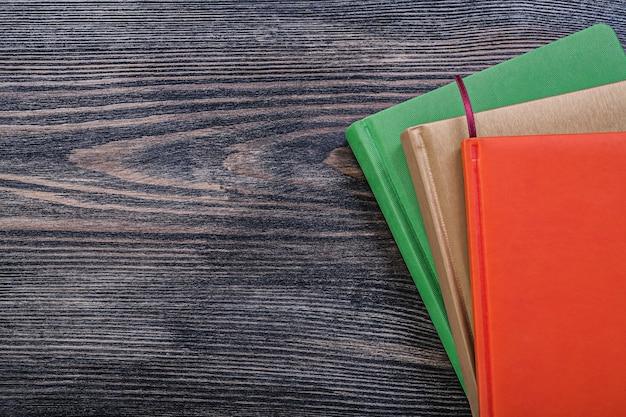 Zestaw Notesów Na Przestrzeni Kopii Vintage Deska Premium Zdjęcia