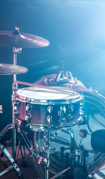 Zestaw Perkusyjny Instrumentów Muzycznych, Błysk światła Premium Zdjęcia