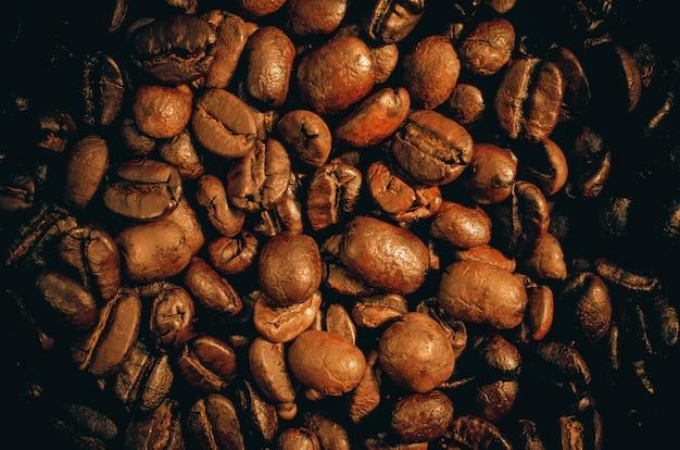 Ziarna kawy z bliska. Premium Zdjęcia