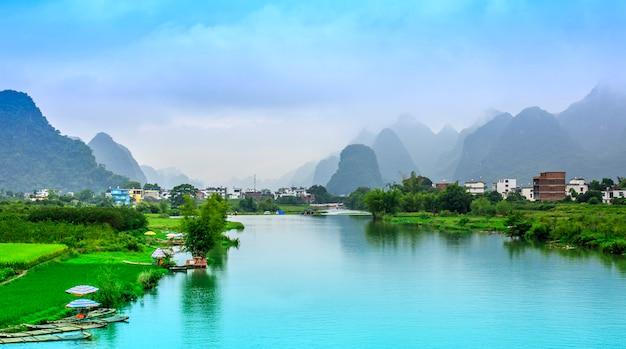 Zielone Miasto Piękne Sceny Azjatyckich Miasta Darmowe Zdjęcia