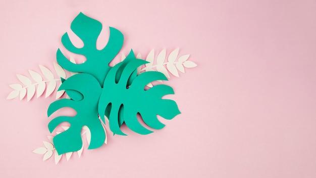 Zielone Sztuczne Liście Ze Stylu Papieru Z Miejsca Na Kopię Darmowe Zdjęcia