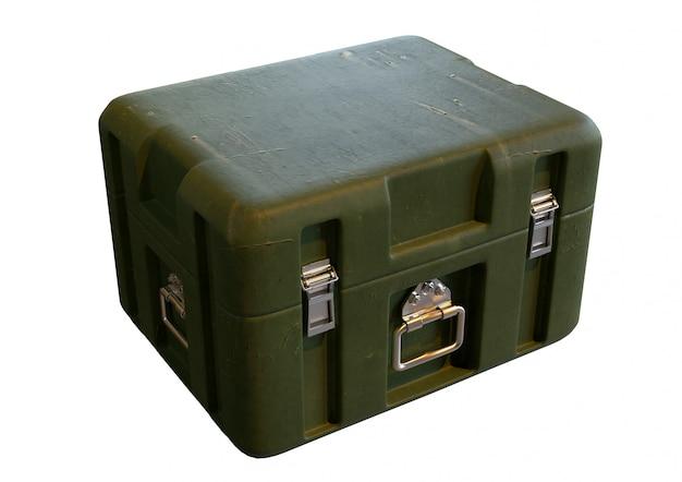 Zielony militarny składowy pudełko dla wojennego wyposażenia odizolowywającego na białym tle Premium Zdjęcia