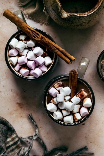 Zimą Rozgrzewająca Gorąca Czekolada Z Piankami Marshmallows Darmowe Zdjęcia