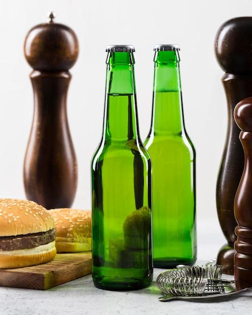 Zimne Piwo I Hamburger Darmowe Zdjęcia