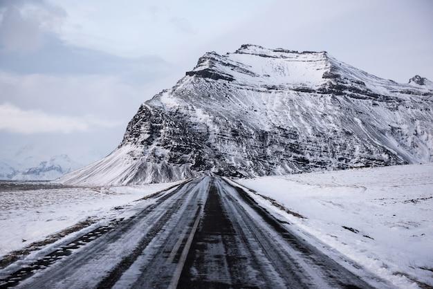 Zimowy krajobraz Premium Zdjęcia