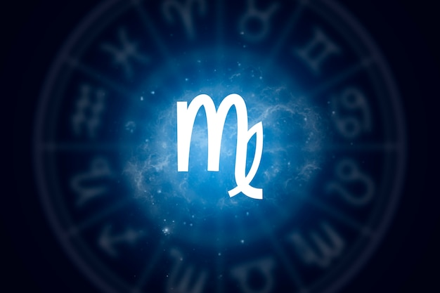 Znak Zodiaku Panna Na Tle Gwiaździstego Nieba Premium Zdjęcia