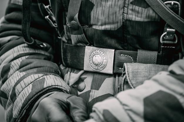 Żołnierz Klamry Pasa Niemiec Podczas Ii Wojny światowej Jako żołnierz Premium Zdjęcia