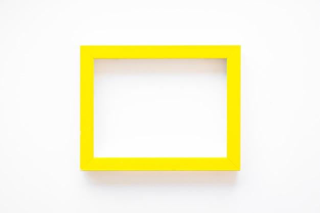 Żółta ramka na białym Darmowe Zdjęcia