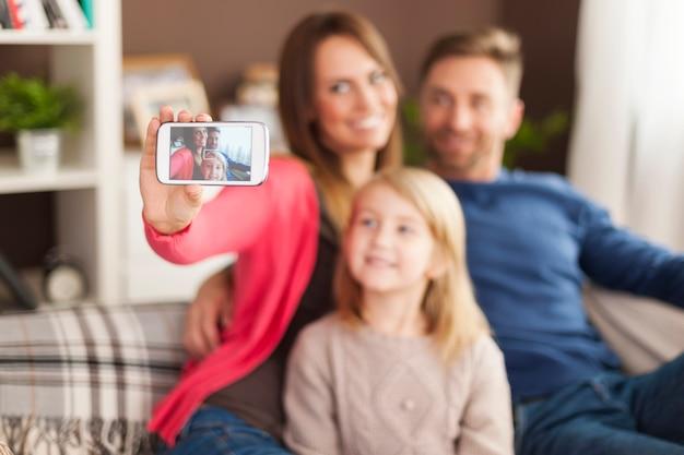 Zróbmy Sobie Selfie Telefonem Komórkowym Darmowe Zdjęcia