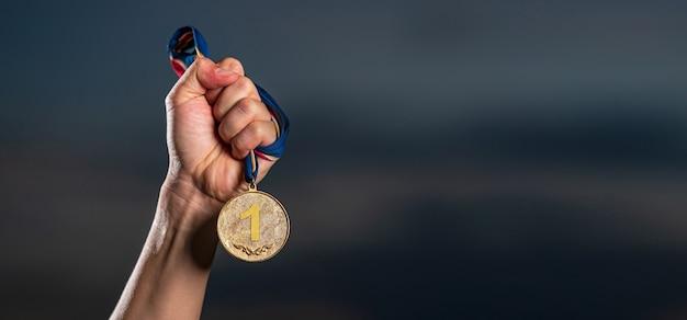 Zwycięzca i udana koncepcja Premium Zdjęcia