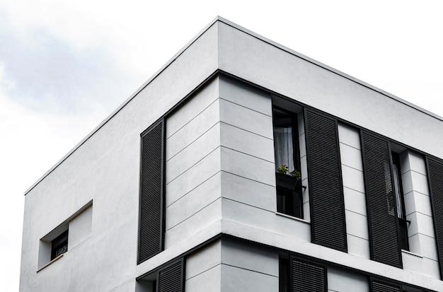 Zwykła Betonowa Konstrukcja W Mieście Darmowe Zdjęcia