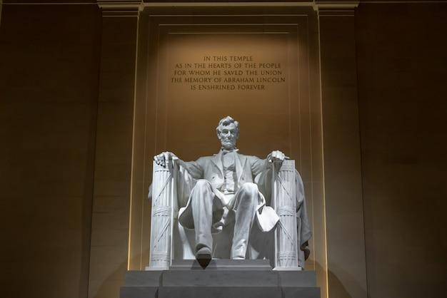 Abraham lincoln memorial en washington dc, estados unidos, historia y cultura por concepto de viaje Foto Premium