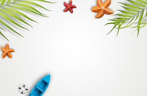Accesorios de vacaciones de verano con hojas de palma tropical ...