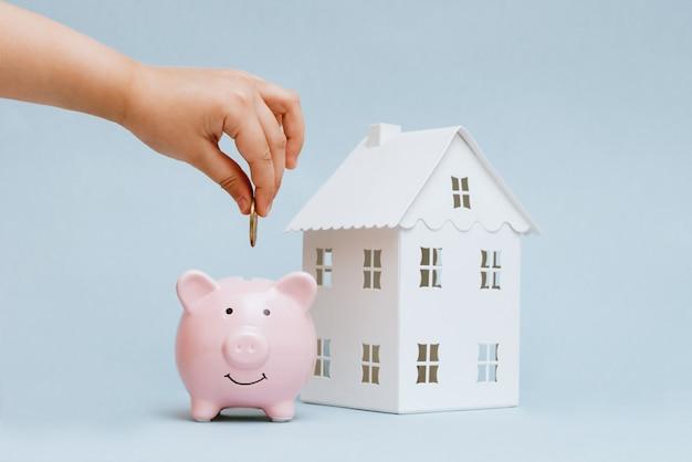 Acumulación para la compra de viviendas, viviendas. Foto Premium