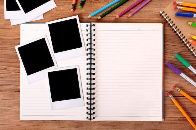 Lbum de fotos en escritorio de escuela descargar fotos - Album para guardar fotos ...