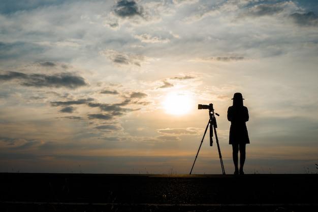 Citate Fotografie Gratis : Amanecer persona crepúsculo fotografía ocaso descargar