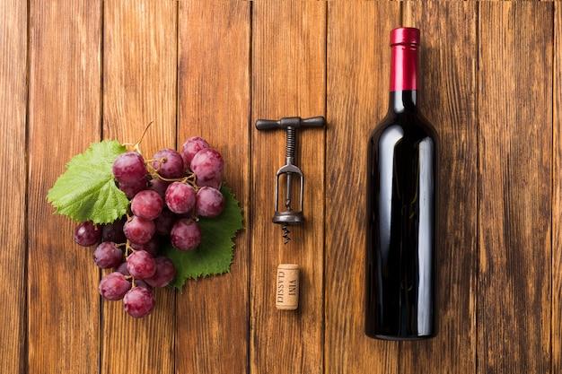 Antes y después de los componentes del vino tinto. Foto gratis