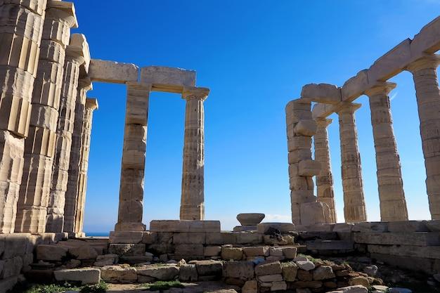Antiguo templo de poseidón en capo sunio en attica grecia Foto Premium