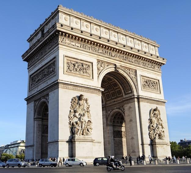 Arco del triunfo en parís Foto gratis