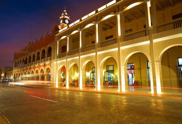 Arcos arcade de la ciudad de mérida de yucatán méxico. Foto Premium