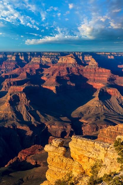 Arizona atardecer parque nacional del gran cañón yavapai point Foto Premium
