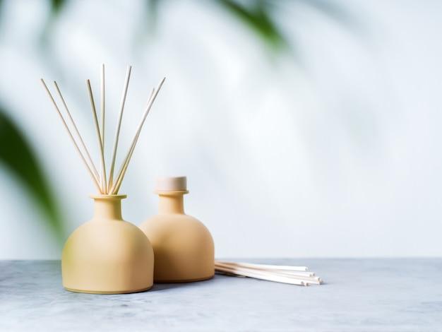 Algunos productos que contienen fragancias, tales como ambientadores, productos de belleza o detergentes, pueden producir daños en la salud.